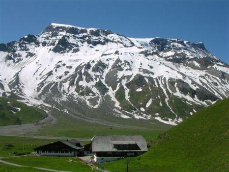 Wandern mit Übernachtung im Berghotel - ein wildromantisches Erlebnis!