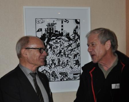 Hans Höhener, Verwaltungsratspräsident Säntis-Schwebebahn AG (links) und Ernst Hohl, Präsident der Ernst Hohl-Kulturstiftung Appenzell (rechts)