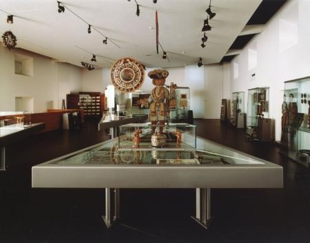 Einblick in die aktuelle Dauerausstellung, welche 1996 eröffnet wurde und auf Herbst 2011 vollständig erneuert wird. © Schweizerisches Nationalmuseum