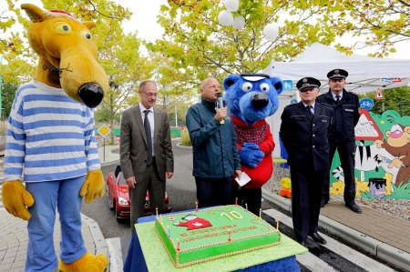Käpt'n Blaubär begrüßte über 500 ABC-Schützen zum Jubiläums-Verkehrstraining