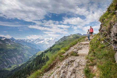 Grenzschlängeln am Hasliberg: Erlebnis Horizontweg